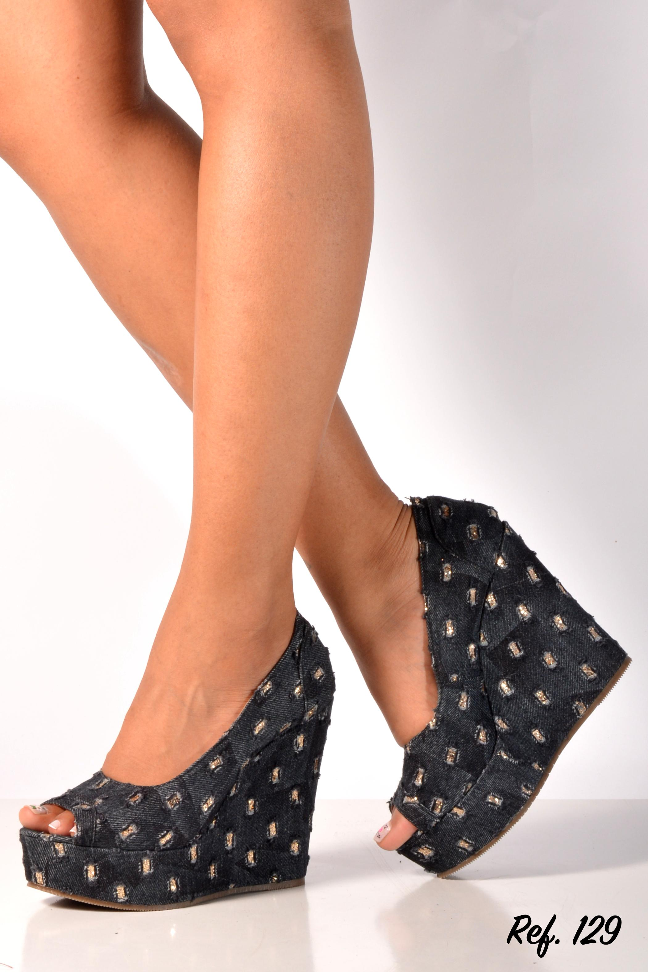 Colombian shoe tacon platform