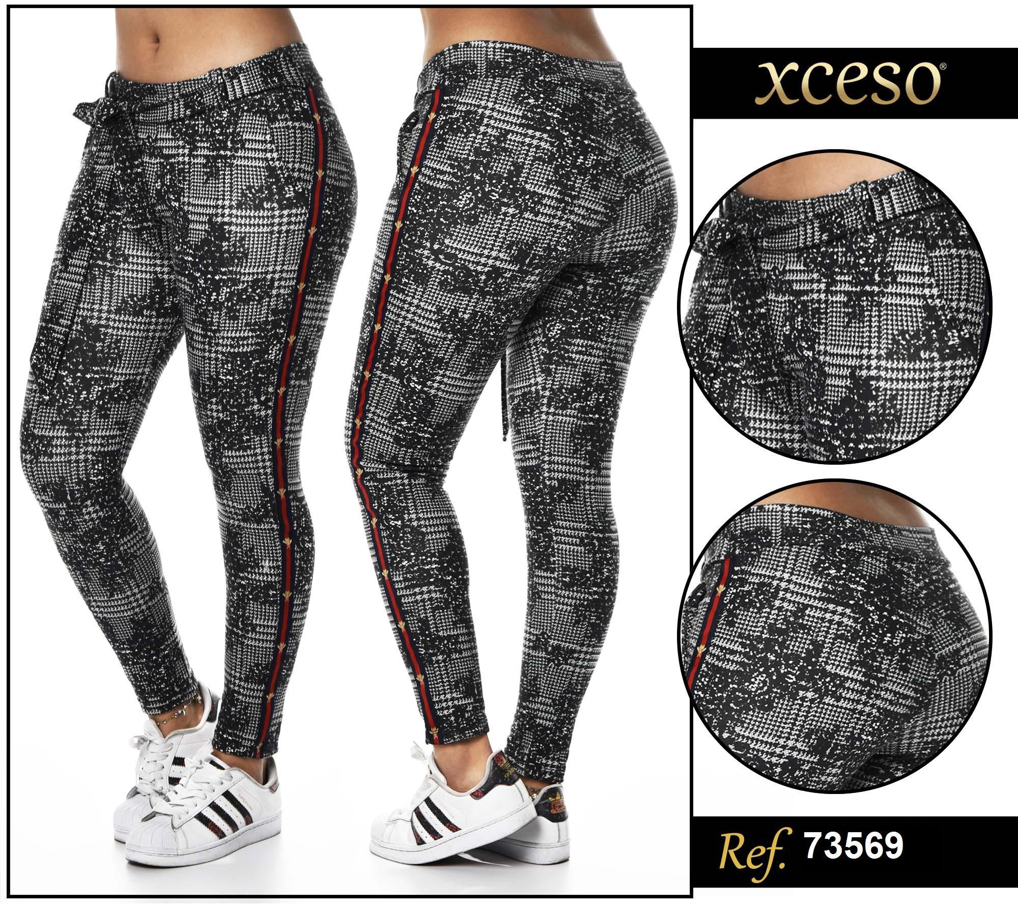 Pantalon Largo de dama, figuras negras y franja en lateral