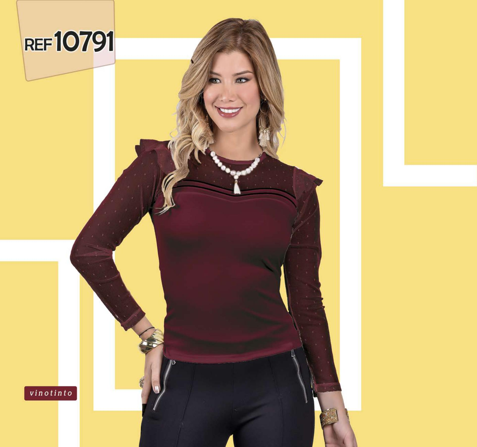 Colombian long-sleeved blouse with transparencies and details on the neck and chest