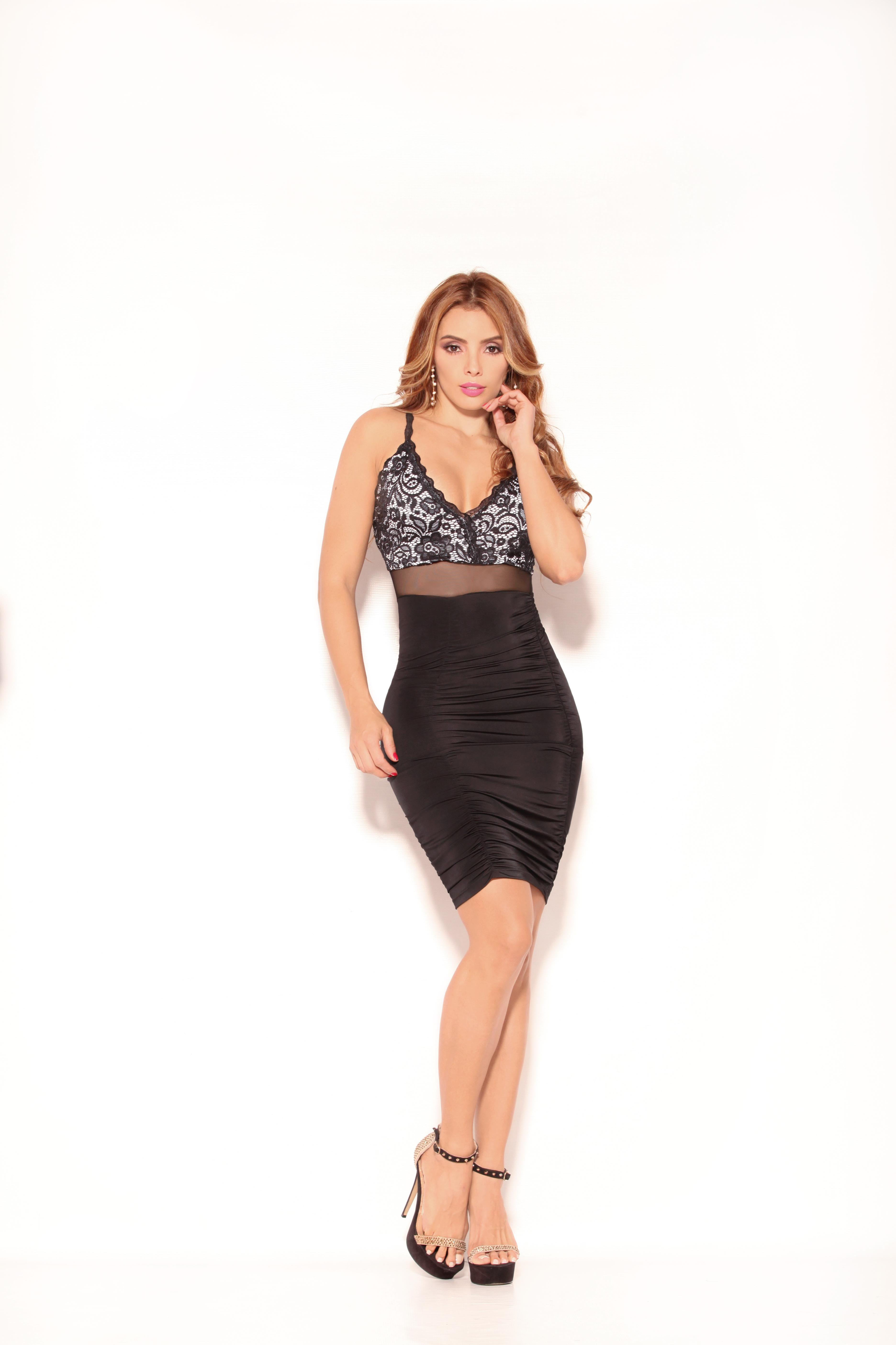 Short sleeveless Colombian dress and beautiful transparent details