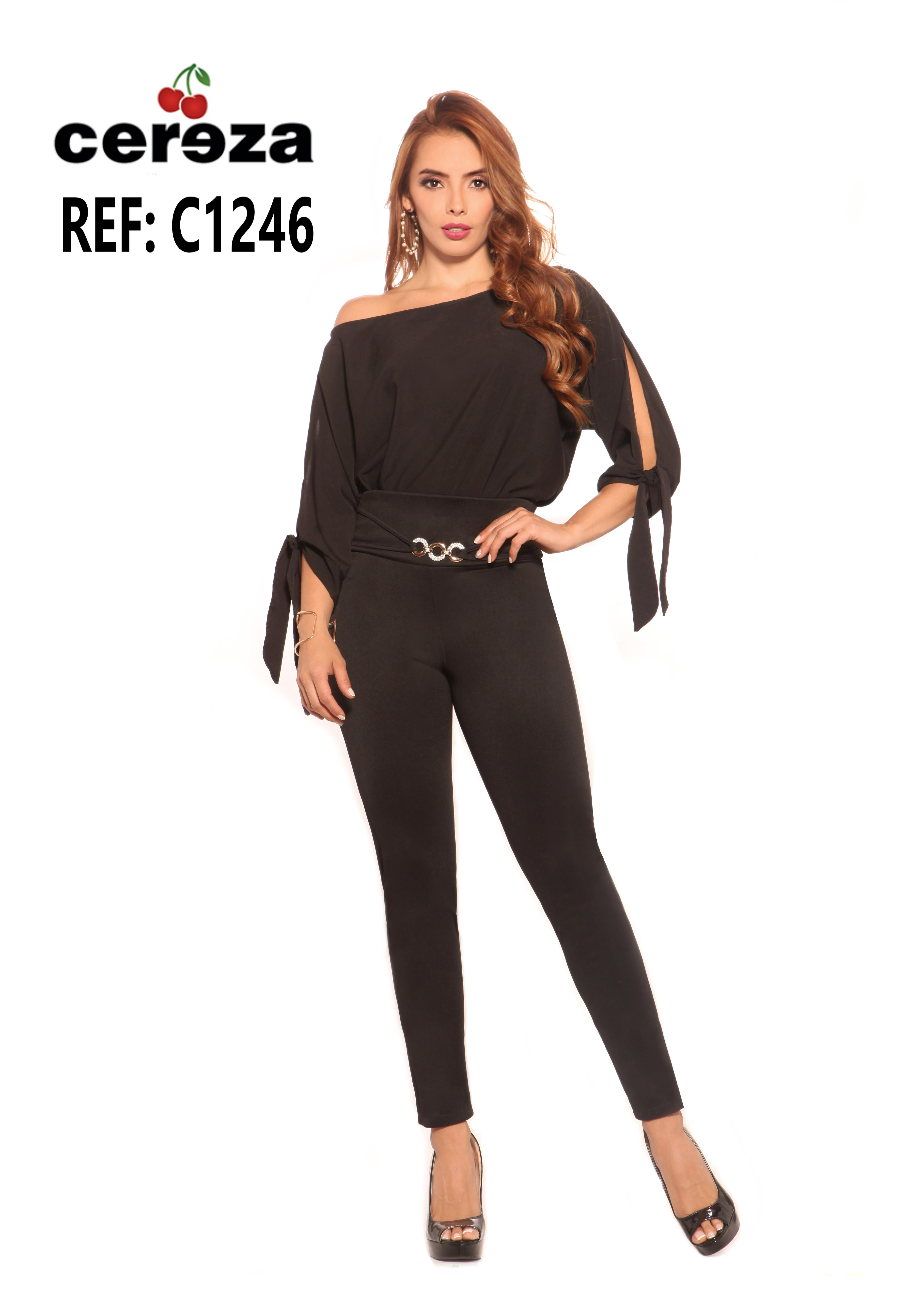 Colombian outfit, One shoulder blouse, forearm sleeves and long black pants