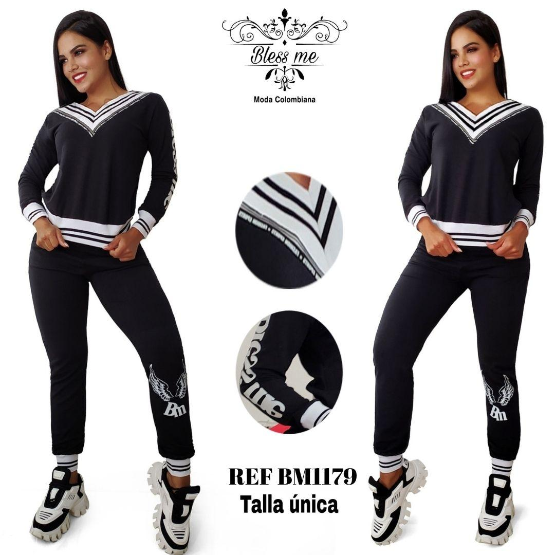 Sporty and casual outfit with long sleeves and sweatshirt