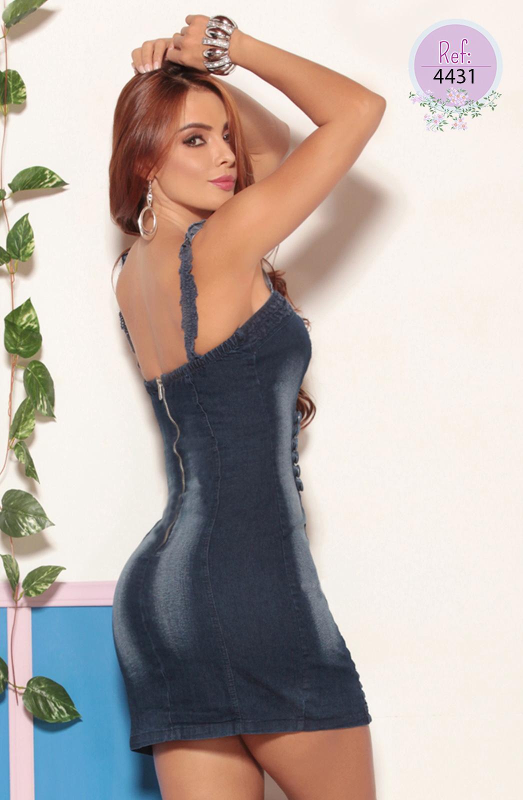 Vestido corto diseño exclusivo