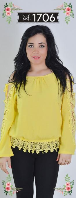 Blusa Crochet Bordada