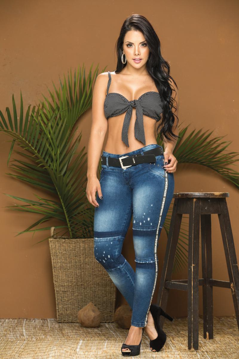 Jeans Levanta Cola Colombiano de Moda