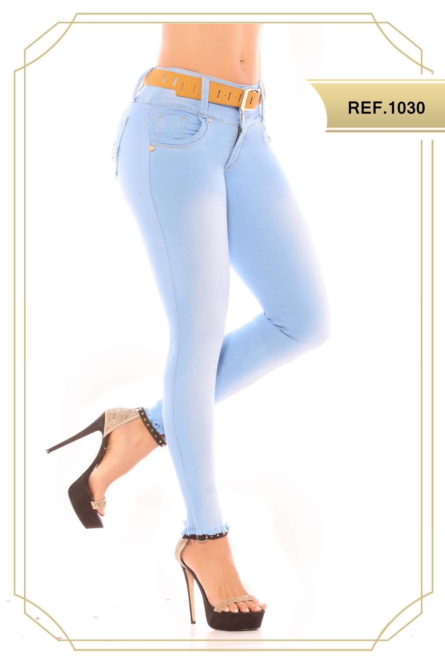 Jean Azul Claro Con Bolsillos que levanta la cola