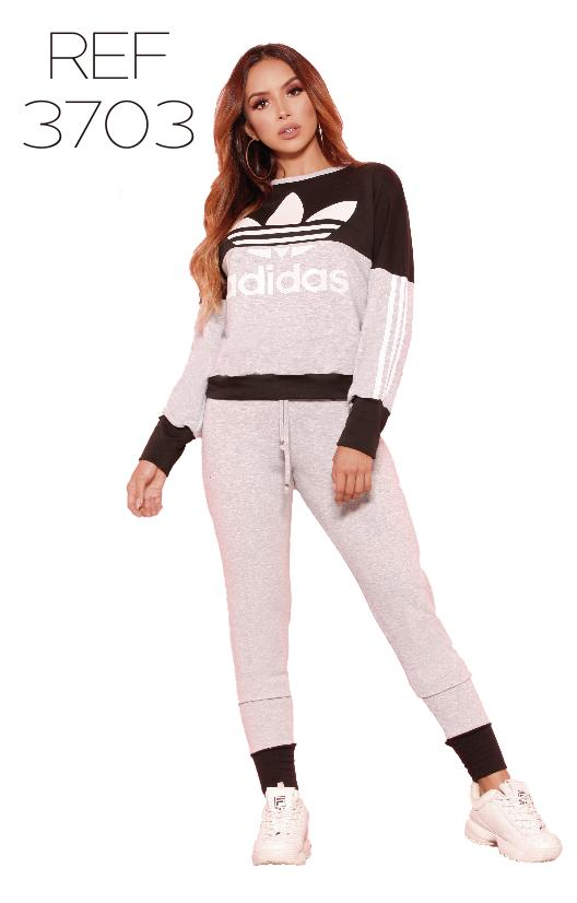 Fantástico Conjunto deportivo de moda, con dos piezas, saco manga larga y sudadera.