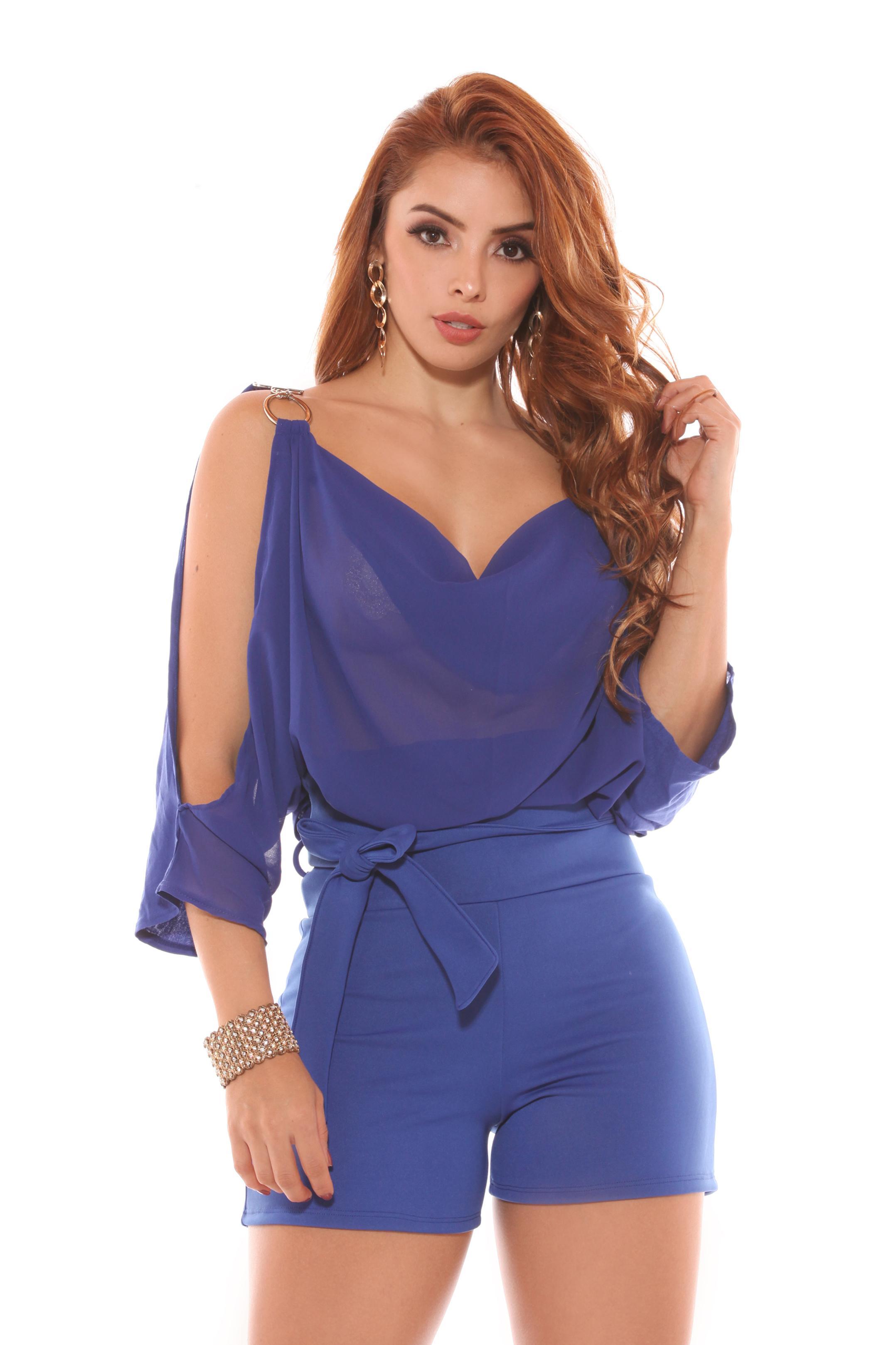7bf147ea162c Comprar Conjunto Colombiano en Short con detalles de moda y Diseño ...