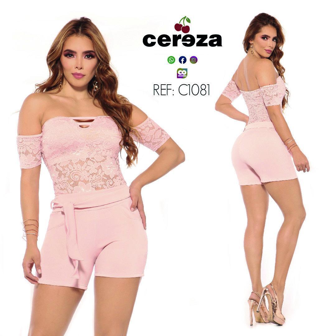 Fantástico Conjunto Colombiano de Short y blusa Estilo Verano