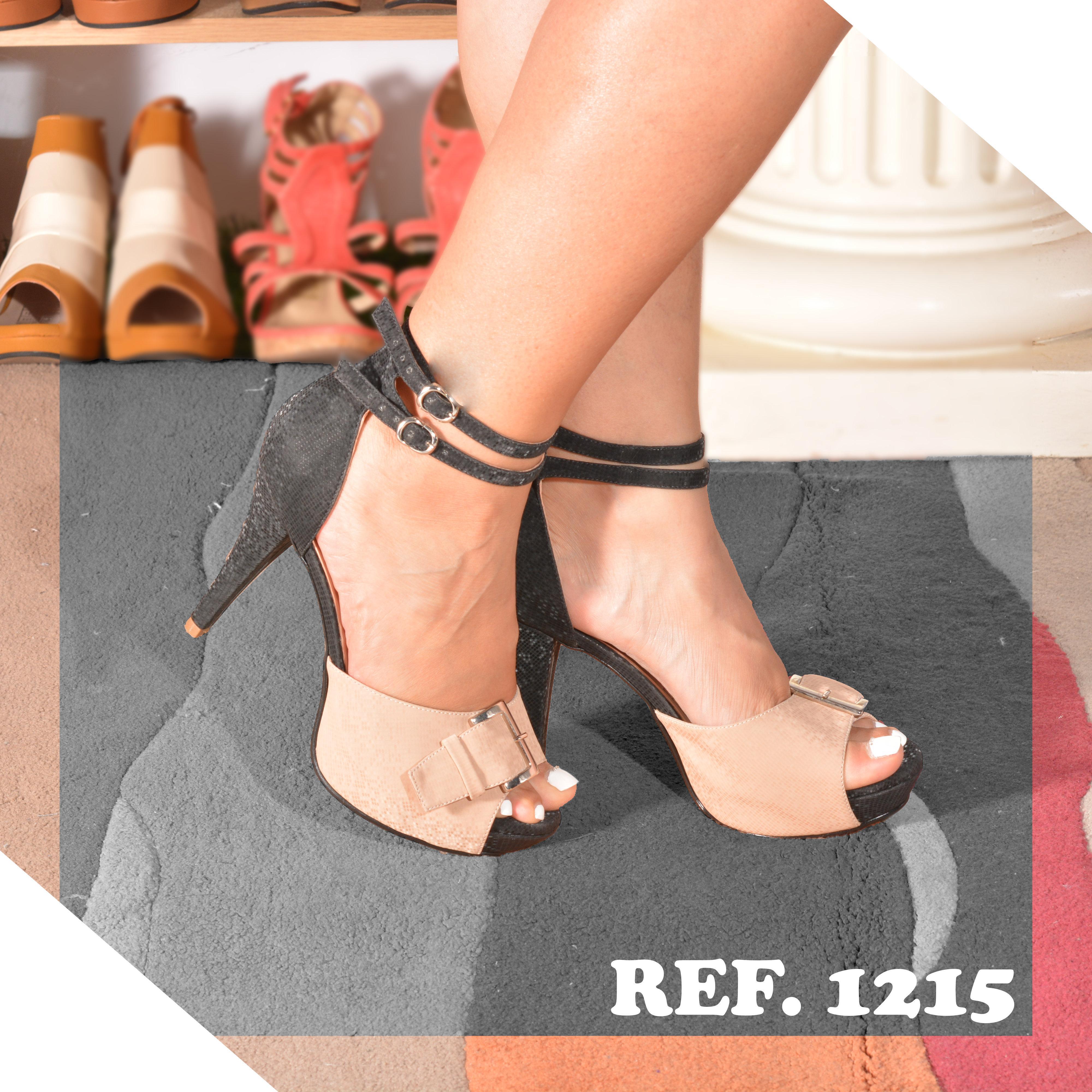 Sensacionales Zapatos Colombianos con empeine descubierto y tacón en contraste, Negro con Nude
