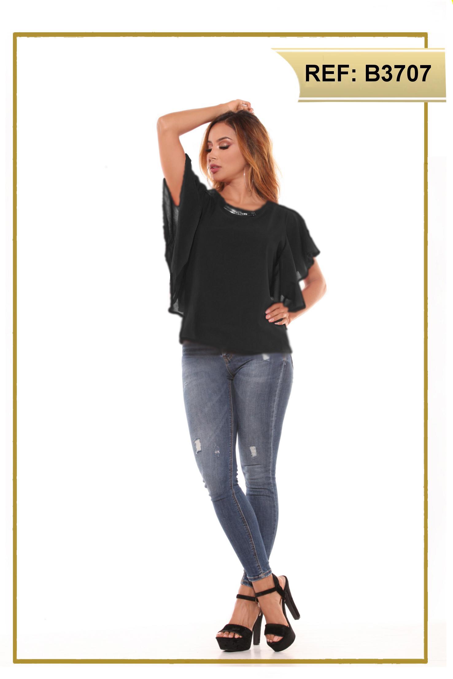 Blusa Colombiana de Dama con mangas cortas y anchas que le dan un hermoso toque a tu estilo original