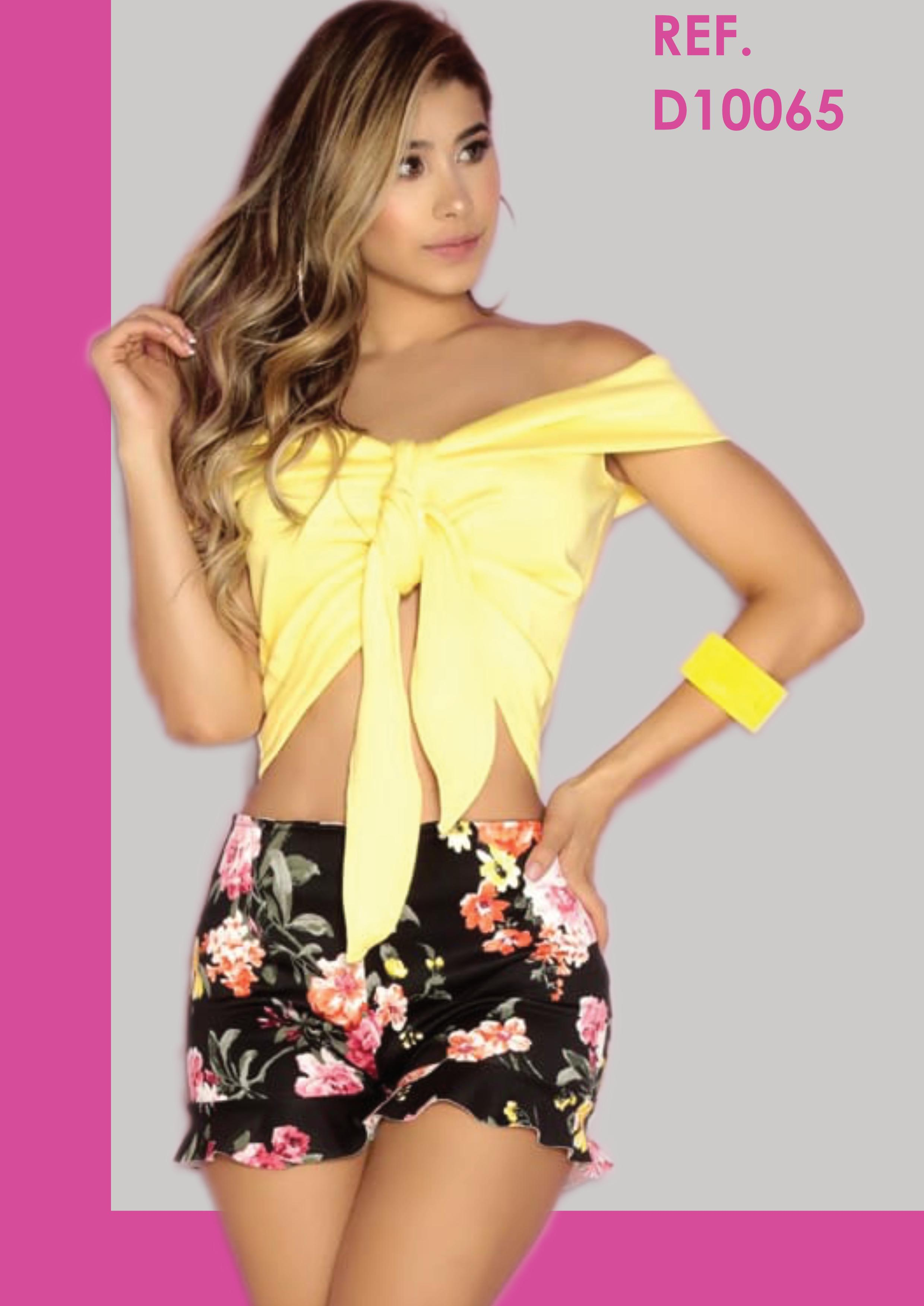 Conjunto de Blusa y Pantalón Short , con Detalles Veraniegos muyt Sexys en la Blusa, que se amarra en rente tipo pañoleta.