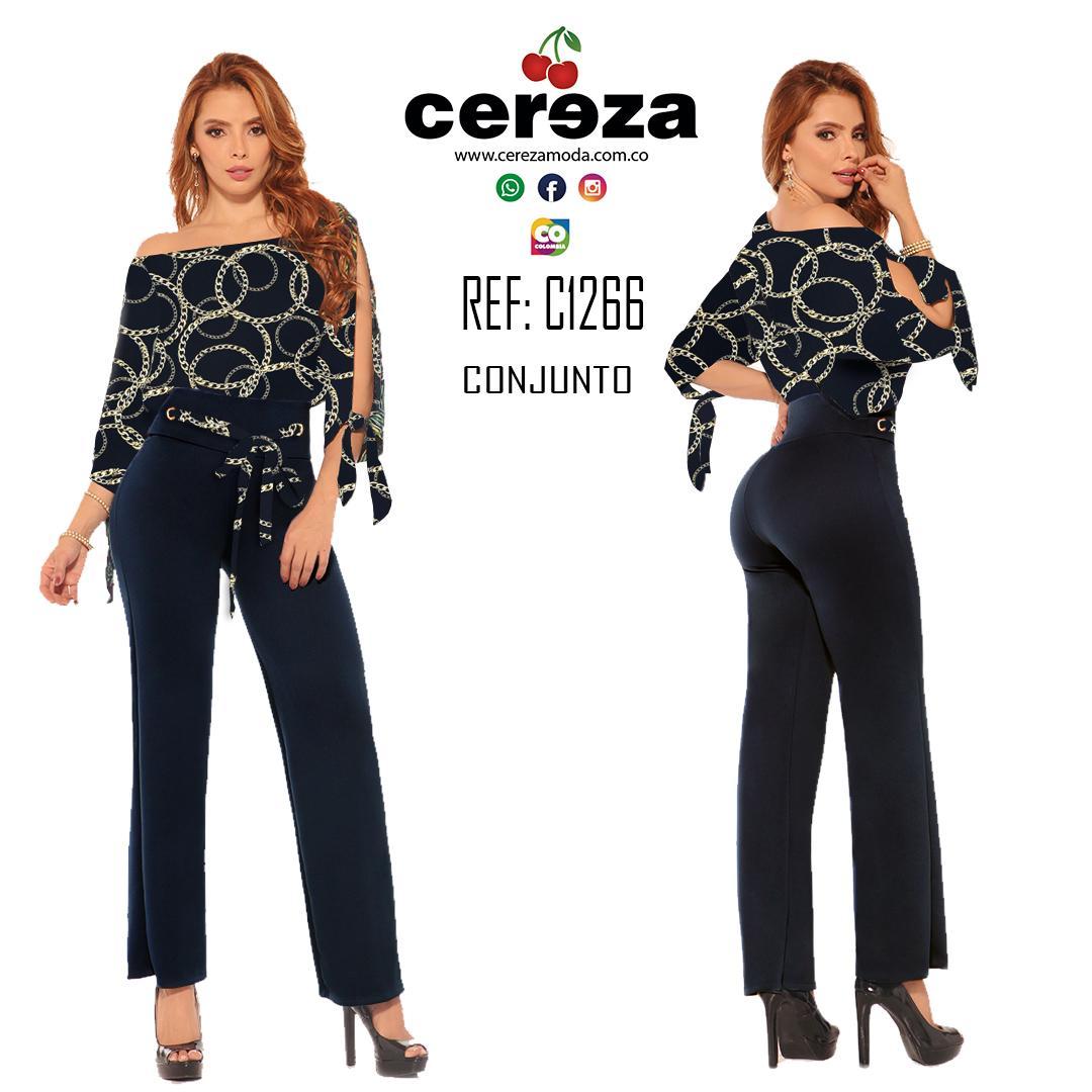 Conjunto Largo Colombiano de Moda con Pantalón con ajuste de cintura y Blusa de mangas largas y aberturas laterales.