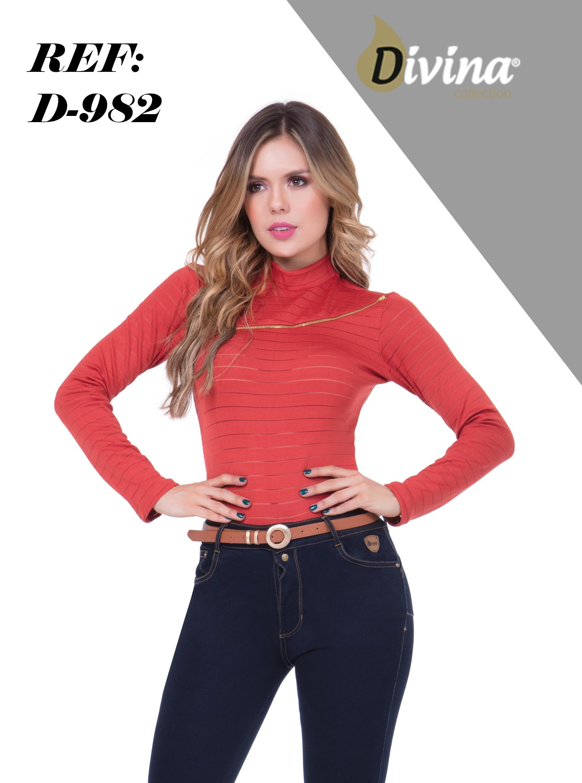Blusa para Dama Color Rojo manga Larga y decorado dorado de hombro a hombro