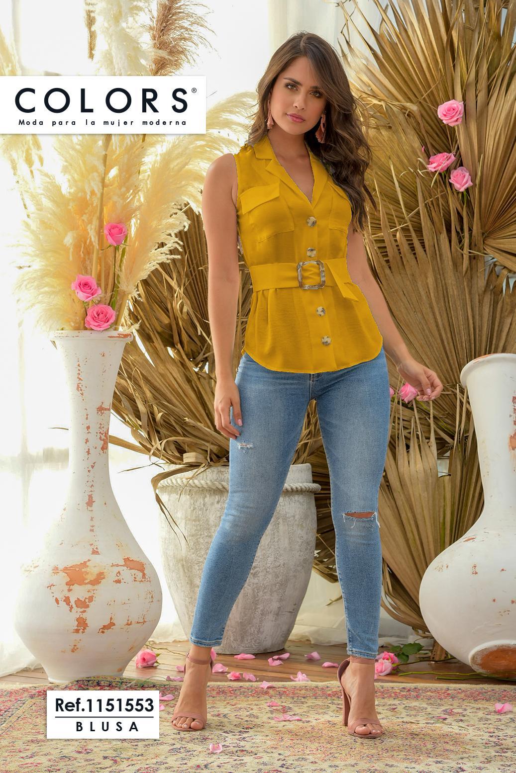 Blusa Colombiana de Moda con Botones en frente y Decorado de cinturon