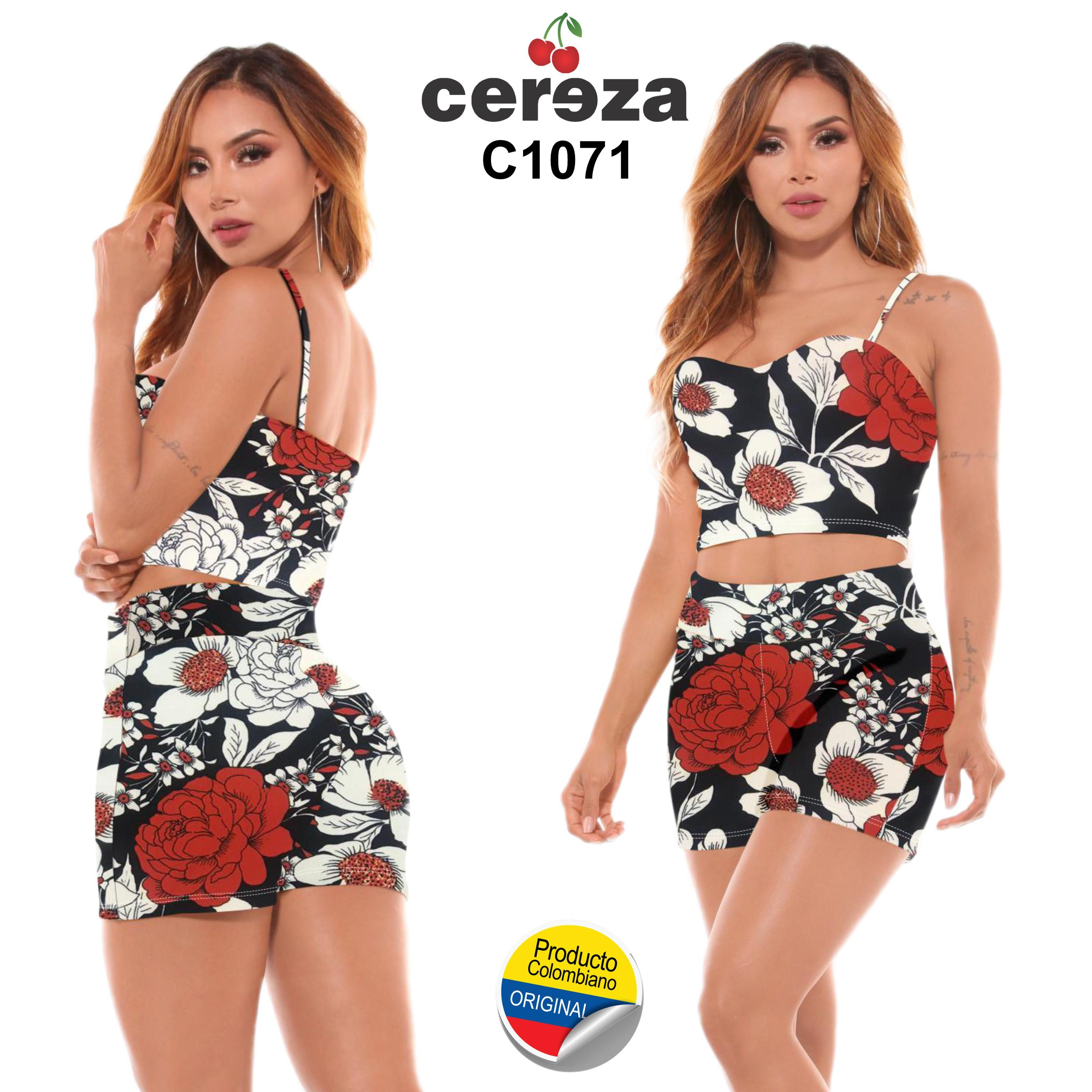 Conjunto de Blusa y Short, Motivo Veraniego con Exclusivo diseño Colombiano