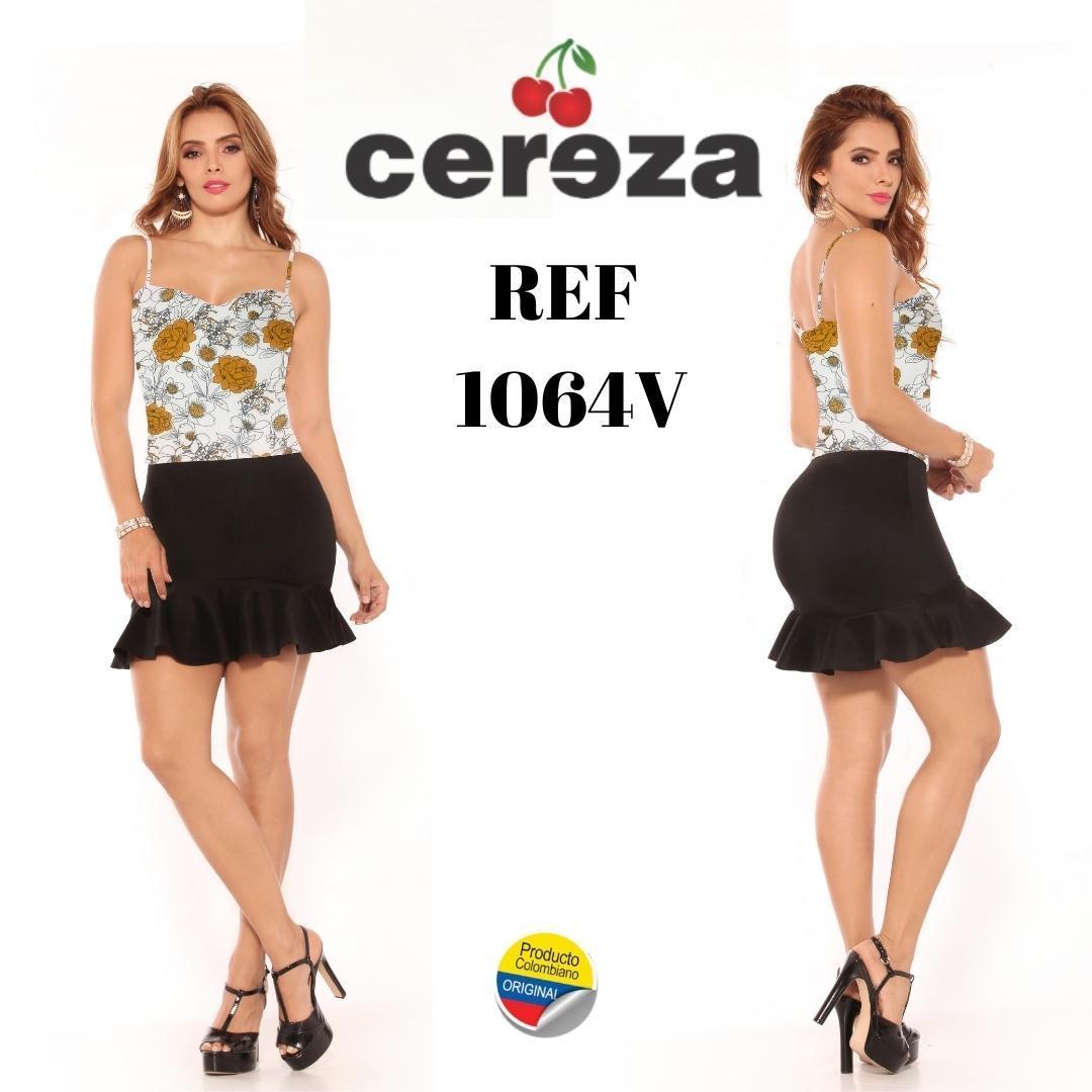 Conjunto Falda Colombiano Corto con Detalles Únicos de Temporada